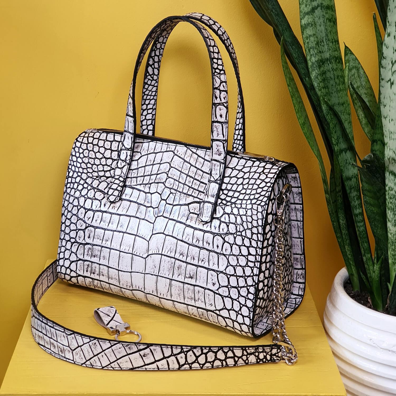 کیف چرم زنانه وانیک چرم کد 125WB