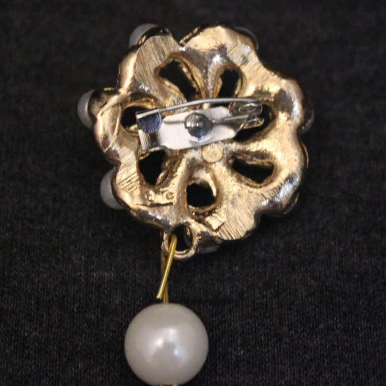 گل سینه زنانه کد Ki 3